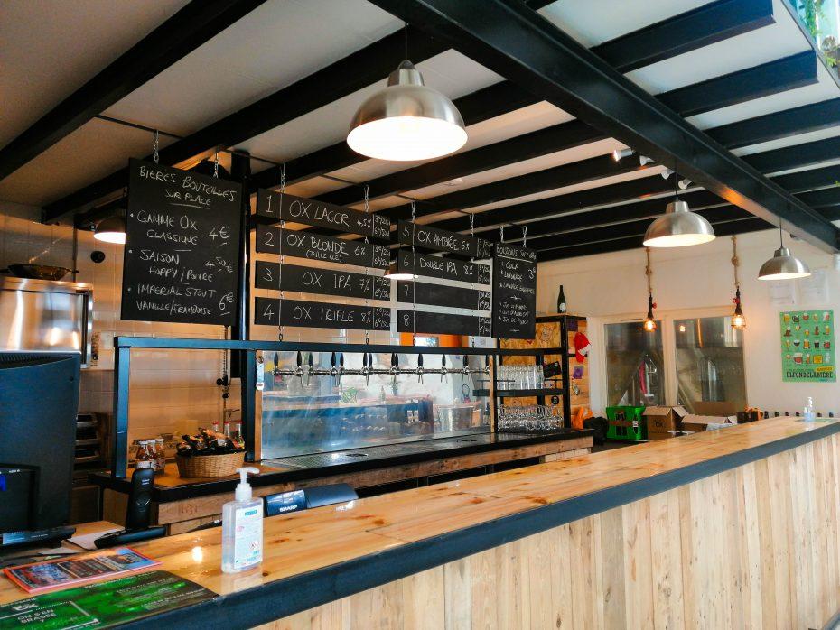 Photo du bar de la brasserie après rénovation